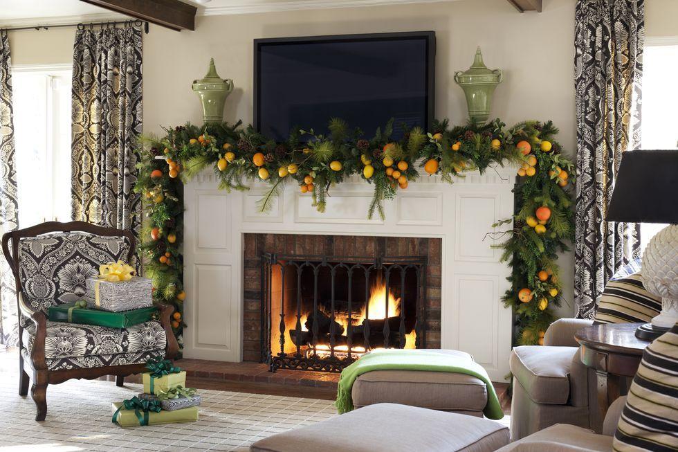 40 Christmas Mantel Decor Ideas Fireplace Holiday Decorations