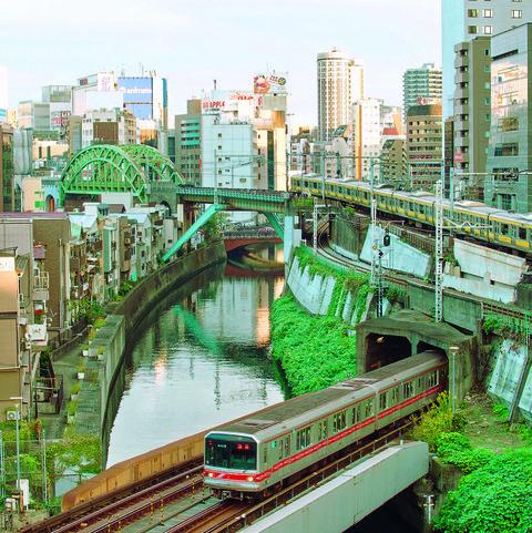 Metropolitan area, Transport, Urban area, City, Green, Metropolis, Human settlement, Overpass, Cityscape, Bridge,