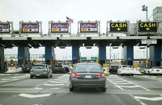 toll plaza and cars, robert f kennedy bridge