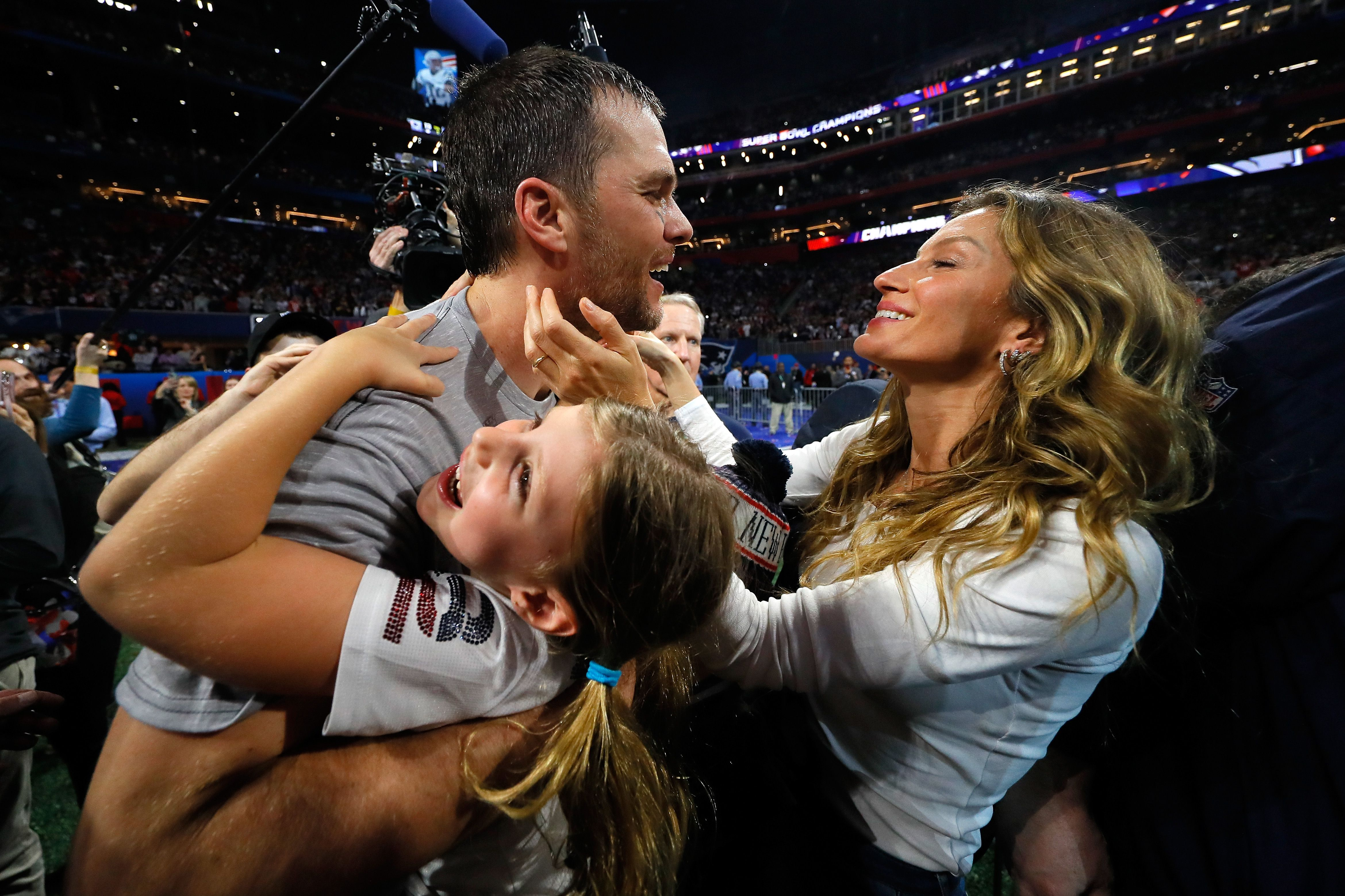 d8c0d7f9a See Gisele Bündchen s Reaction When Tom Brady and the Patriots Won ...