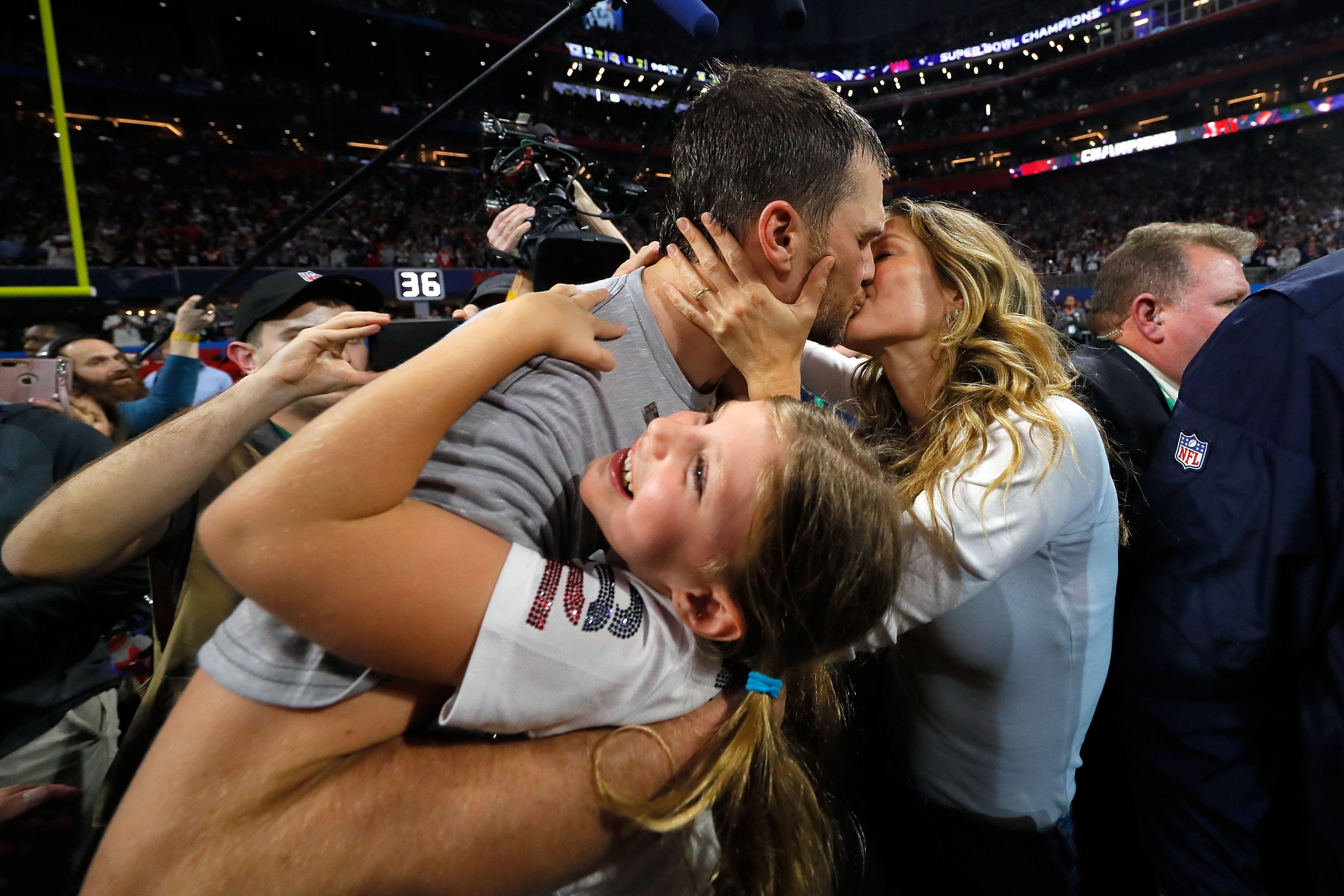 How Gisele Bundchen Congratulated Tom Brady For 2019 Super Bowl Win Gisele S Super Bowl Instagram History