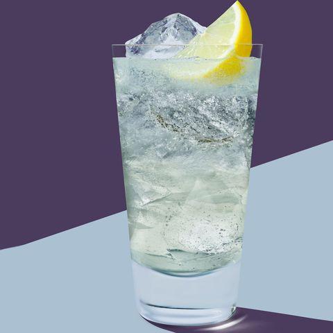 Tom Collins cocktail- best gin cocktails