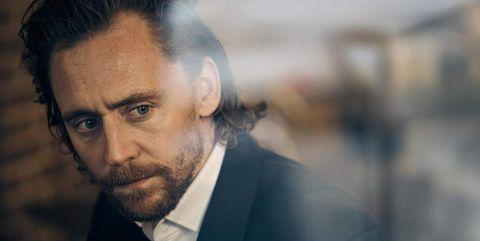 tom hiddleston extraño video misterio betrayal