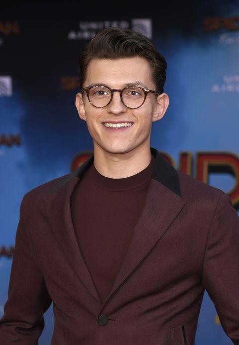 『スパイダーマン』トム・ホランドの眼鏡スタイル