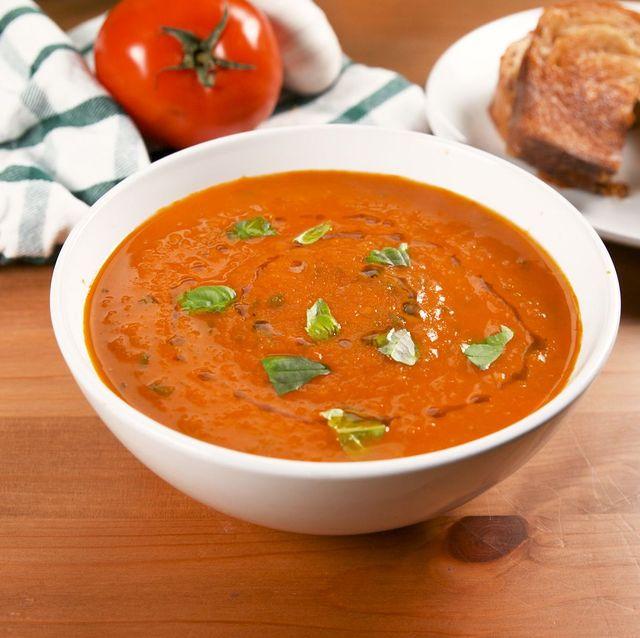 geroosterde tomatensoep met basilicum