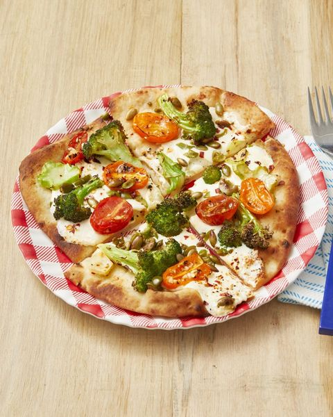 broccoli and tomato flatbread pizzas