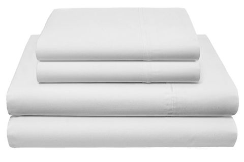 White, Linens, Rectangle, Mattress, Bed sheet, Mattress pad, Bedding, Textile, Furniture, Table,