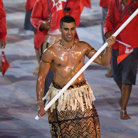 東加舉棋手是誰?陶法托夫瓦三度打赤膊、油亮結實腹肌登場奧運,5項超猛健身菜單公開