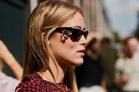 Eyewear, Hair, Sunglasses, Glasses, Face, Hairstyle, Beauty, Vision care, Cool, Street fashion,
