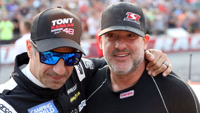 superstar racing experience tony stewart lucas oil raceway