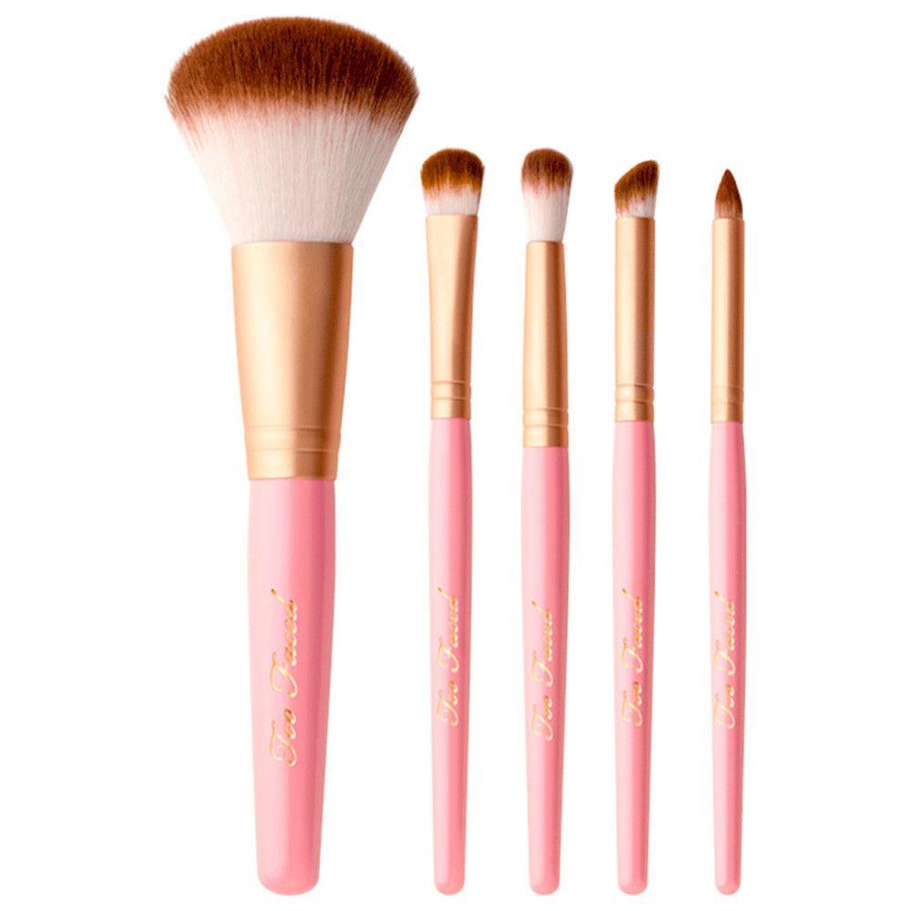 beauty-expert-nina-eva-davies-too-faced-makeover-douglas