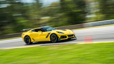 2019 Corvette Zr1 Review 755 Horsepower Corvette Zr1 First