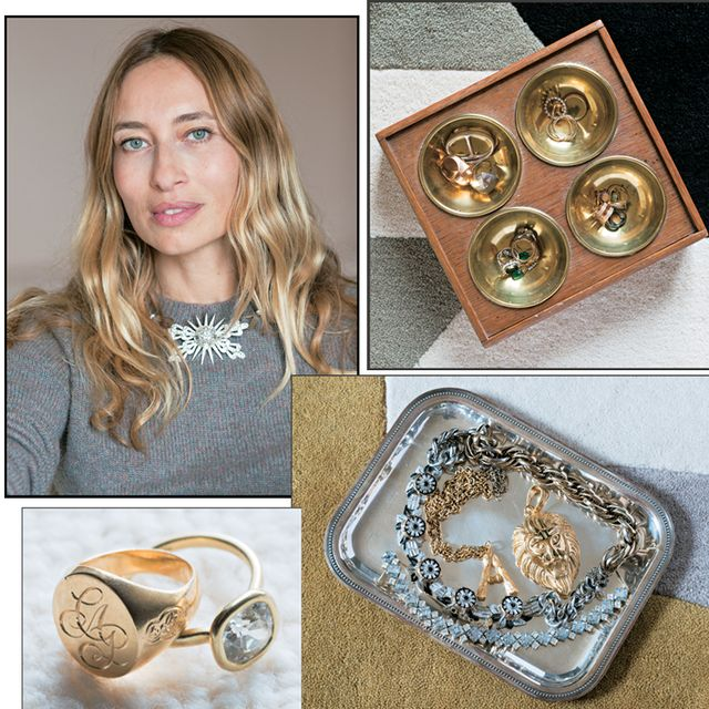 Jewellery, Locket, Fashion accessory, Pendant, Necklace, Copper, Gold, Metal,