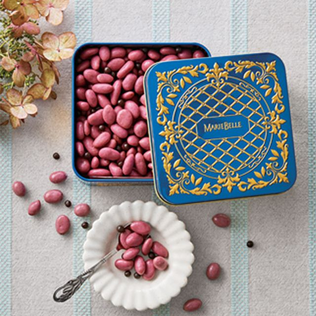 Food, Baking, Sweetness, Cuisine, Recipe, Dessert, Cake decorating, Petit four, Baked goods,