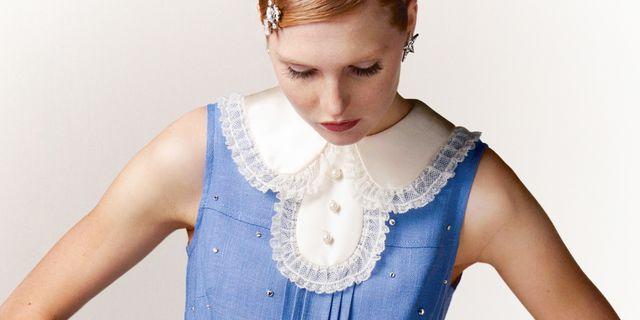 「ミュウミュウ」の新アップサイクルプロジェクトが始動! 世界にひとつのヴィンテージドレスが発売