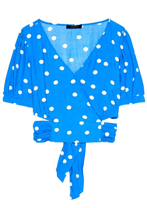 Seleccionamos 24 prendas y complementos confeccionados en el estampado de moda para que vayas a la última esta temporada.