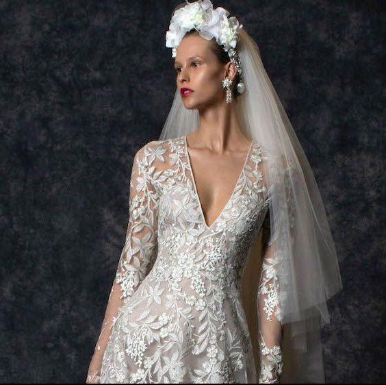 ギンザクチュールナオコのナイームカーンのドレス