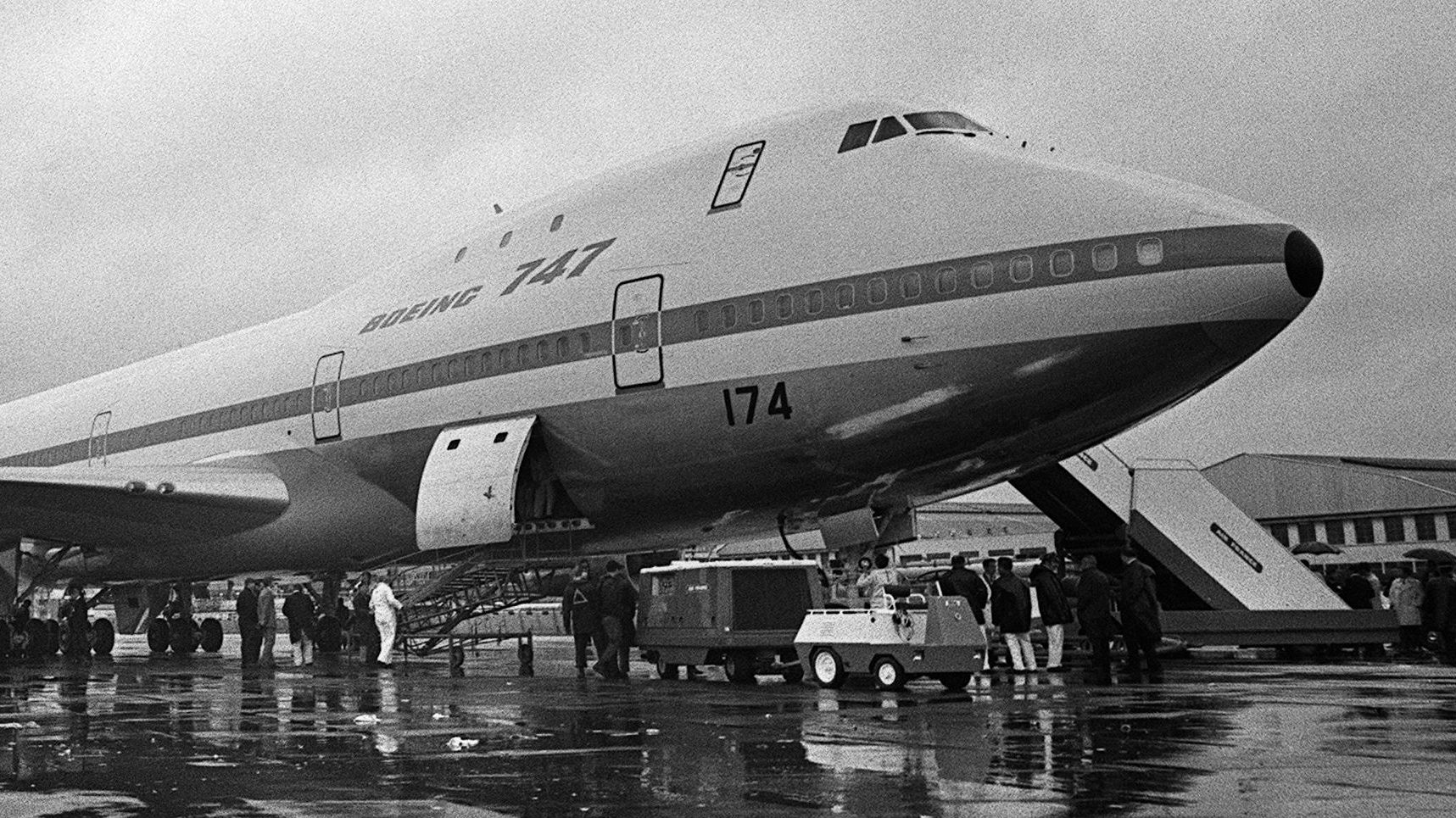 Why the 747 Is Such a Badass Plane