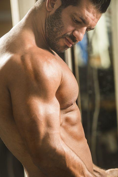 ejercicios para las abdominales y el pecho