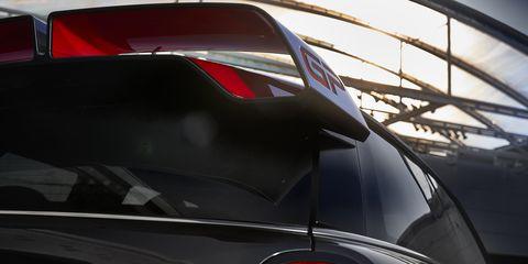 Land vehicle, Vehicle, Motor vehicle, Car, Automotive exterior, Automotive design, Vehicle door, Hood, Auto part, Automotive window part,
