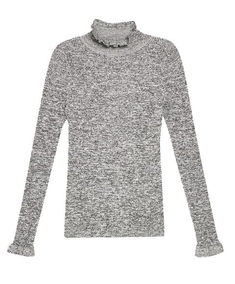 Clothing, Long-sleeved t-shirt, Sleeve, T-shirt, Outerwear, Sweater, Top, Shirt, Collar, Neck,