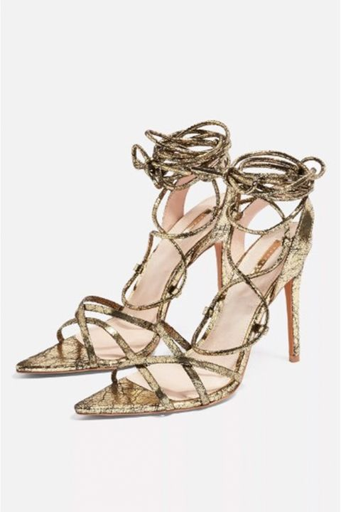 cuff-corset - shoes tied over trousers