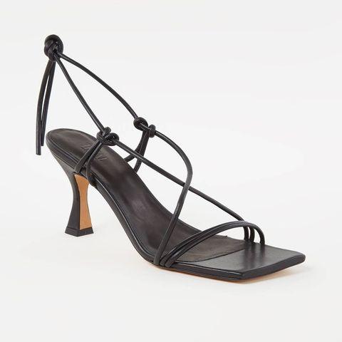 toral sandalen