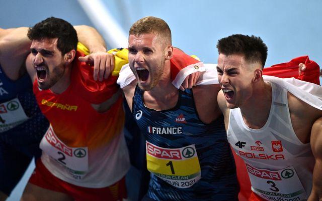 jorge ureña grita de rabia y alegría abrazado a kevin mayer tras ganar la plata europea en heptatlón en torun 2021