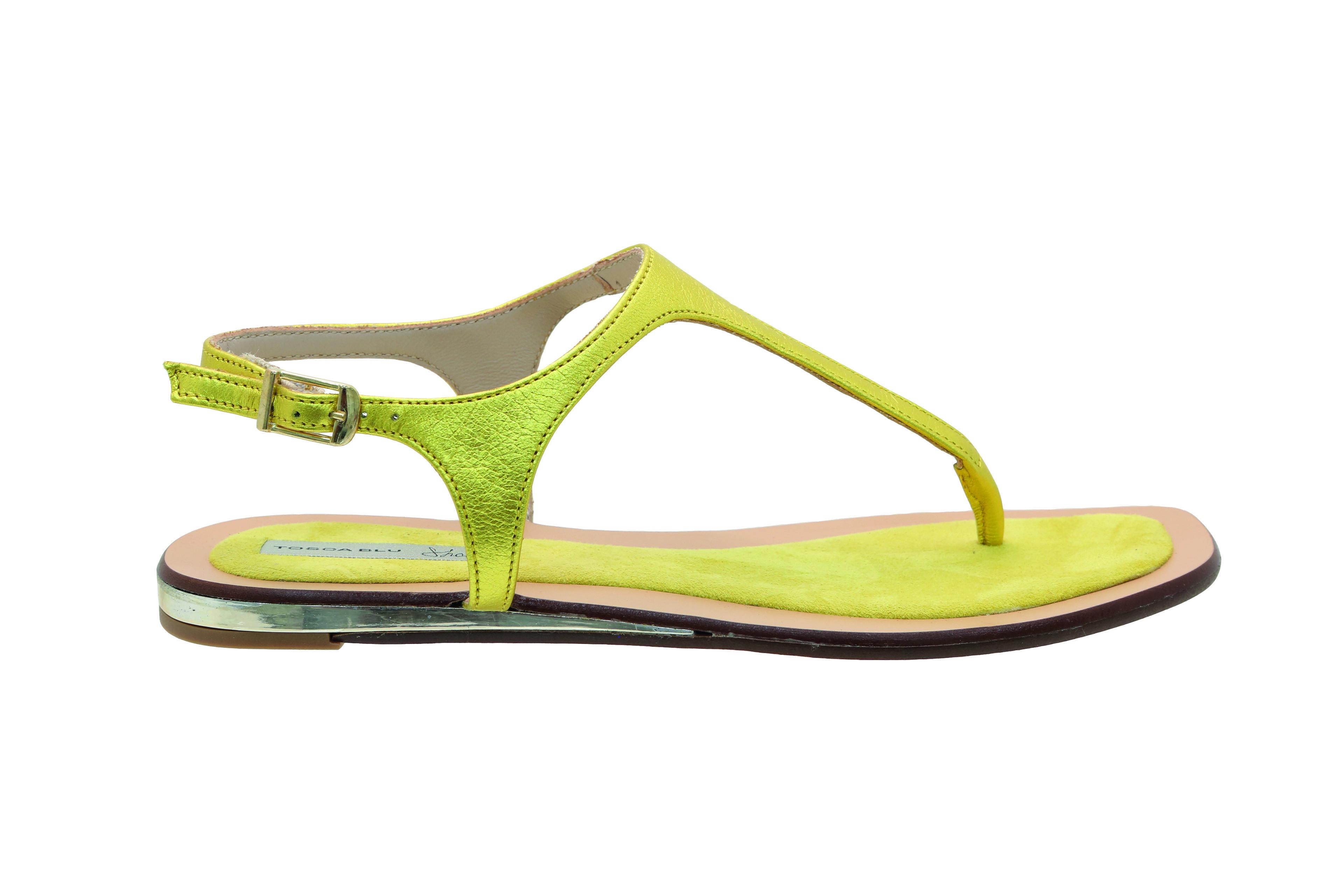 sandalias planas amarillas