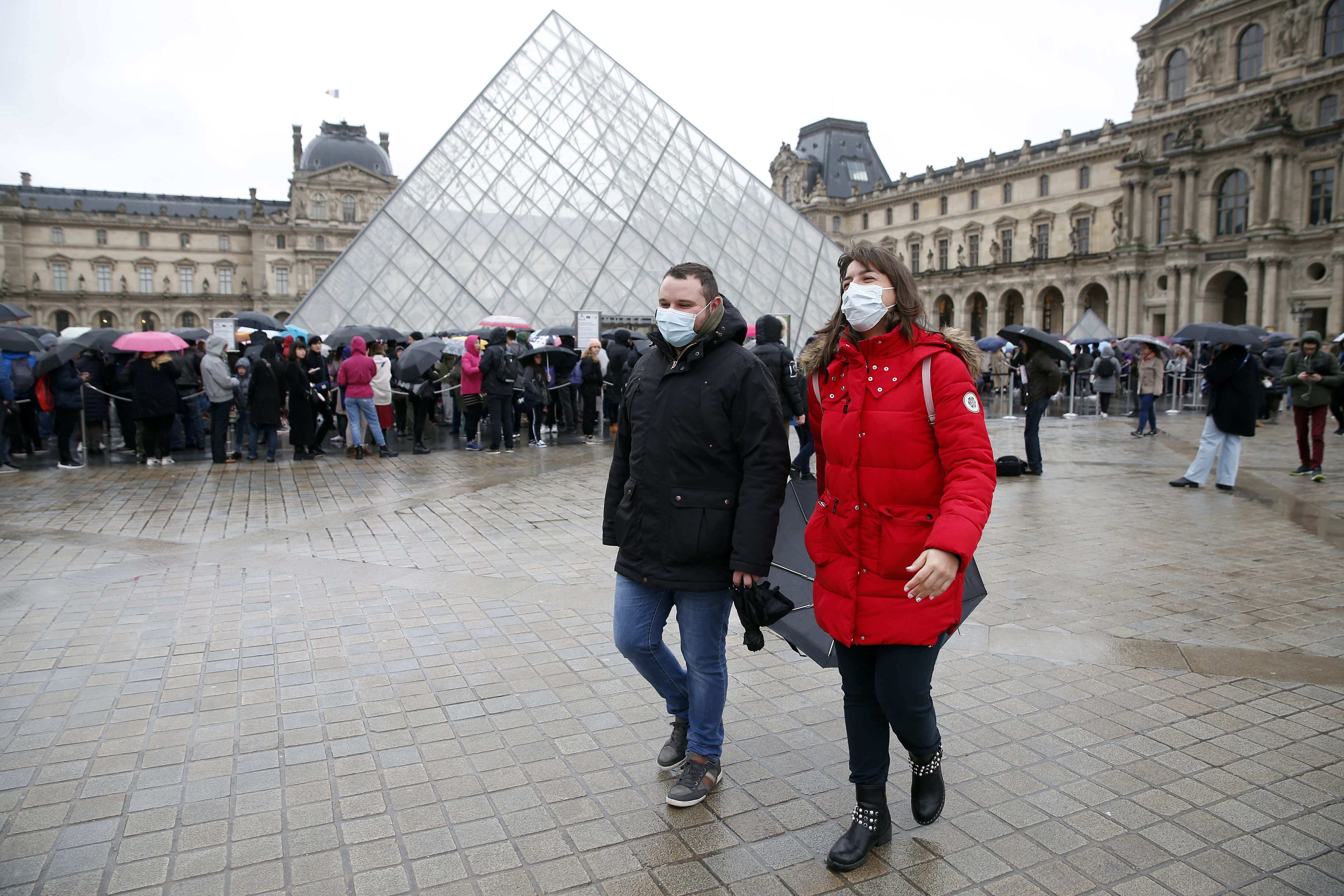Is The Louvre Open Louvre Closed Amidst Coronavirus Fears And