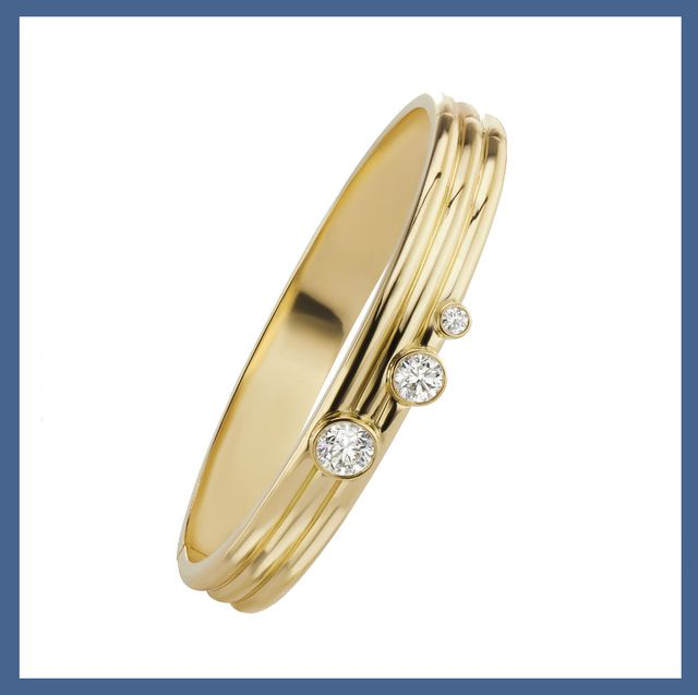 Diamond and gold earrings and rings