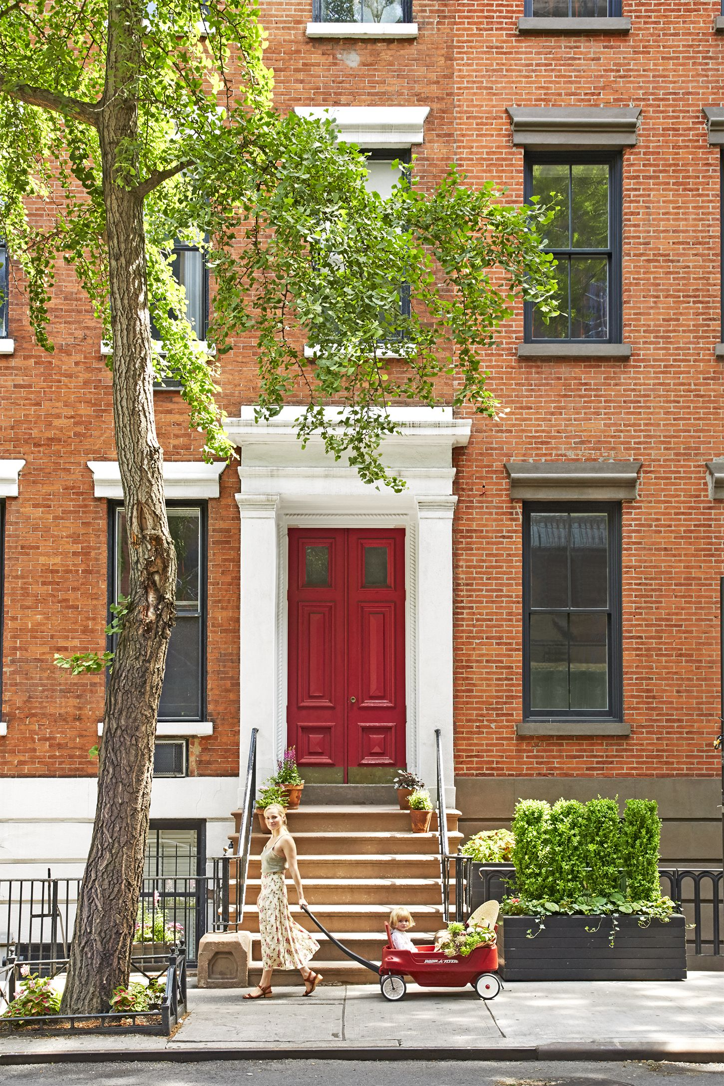 new york city west village townhouse - country decorating ideas