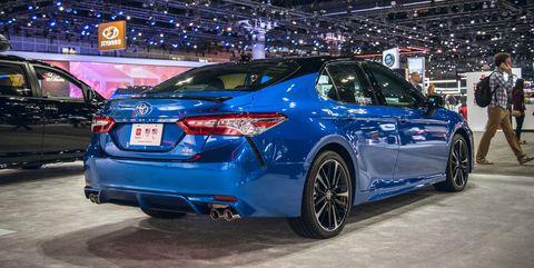 Land vehicle, Vehicle, Car, Automotive design, Auto show, Full-size car, Mid-size car, Lexus, Tire, Custom car,