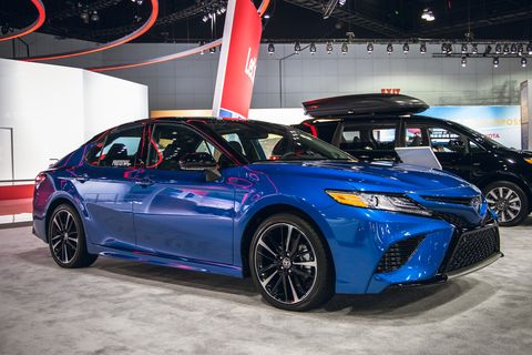 Land vehicle, Vehicle, Car, Auto show, Motor vehicle, Full-size car, Rim, Alloy wheel, Mid-size car, Automotive design,