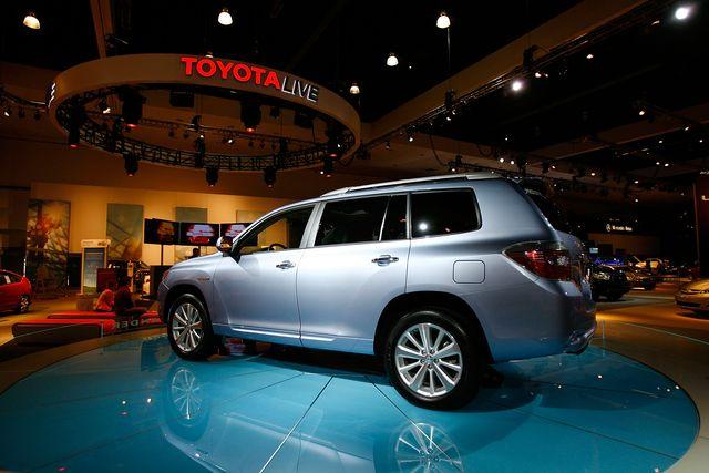 new car models debut at los angeles auto show