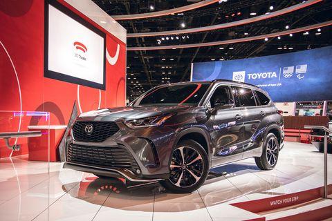 2021 Toyota Highlander XSE at Chicago Auto Show