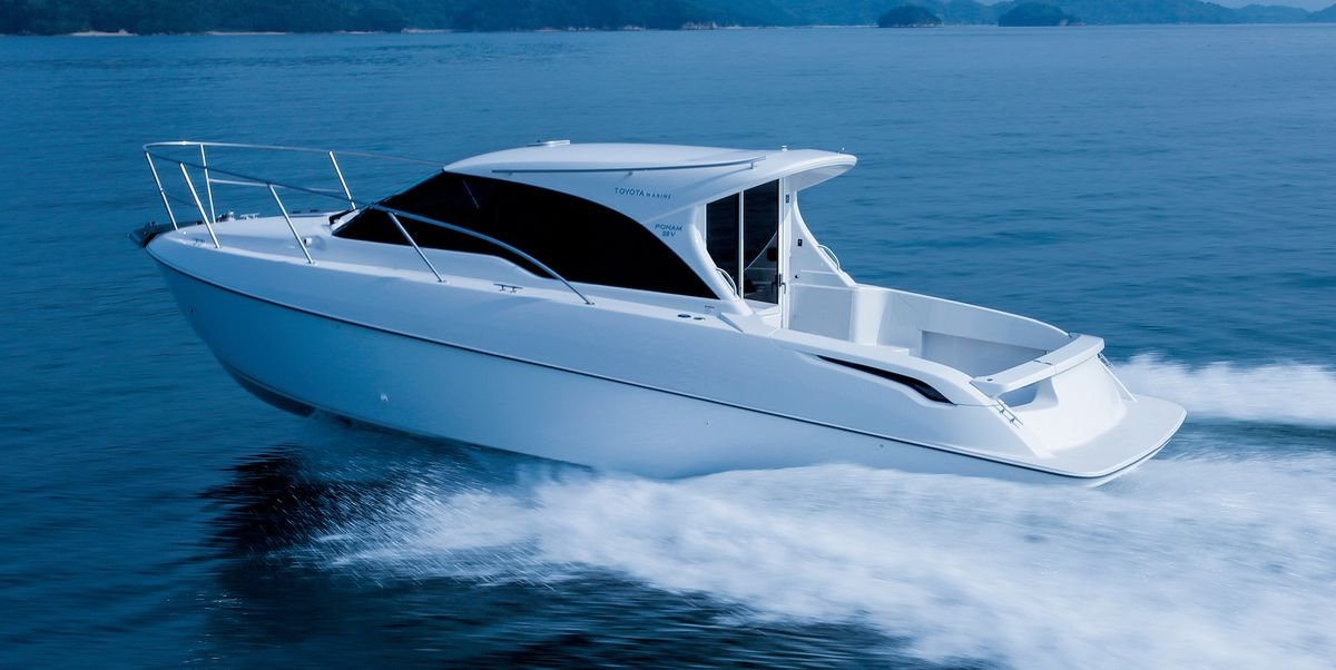 Toyota Mirai Hits the Water as Powertrain for a Yanmar Fuel-Cell Boat