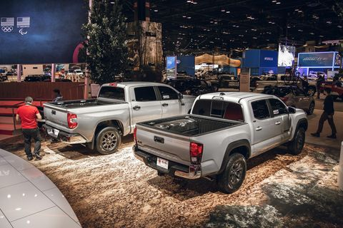 Land vehicle, Vehicle, Car, Pickup truck, Auto show, Automotive design, Automotive tire, Off-road vehicle, Truck, Off-roading,