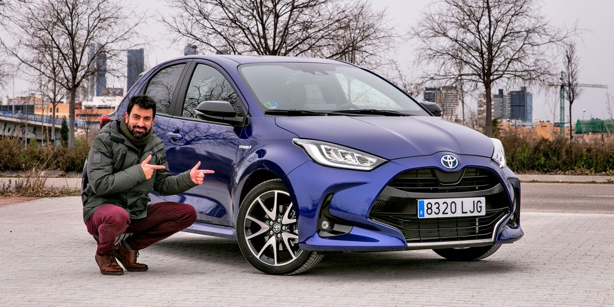 Prueba Toyota Yaris 120H: El que da primero...