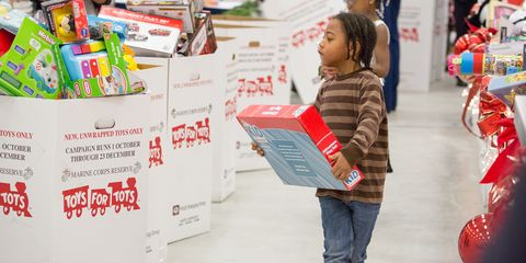 Toys For Tots Makes Donating Gifts Ridiculously Easy This Holiday Season