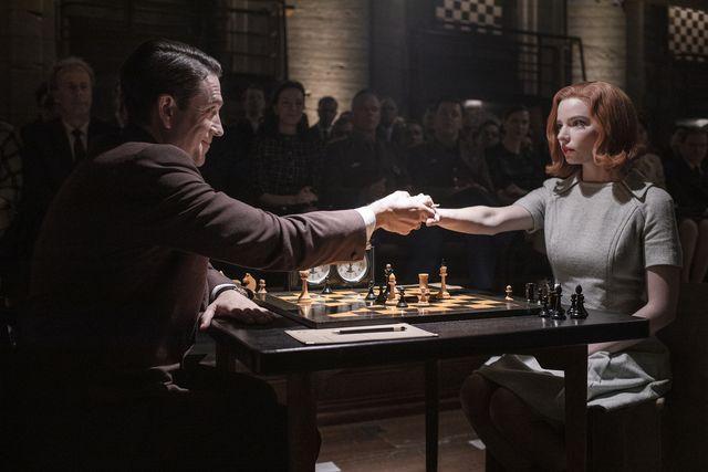 the queen's gambit l to r marcin dorocinski as vasily borgov and anya taylor joy as beth harmon in episode 107 of the queen's gambit cr phil braynetflix © 2020
