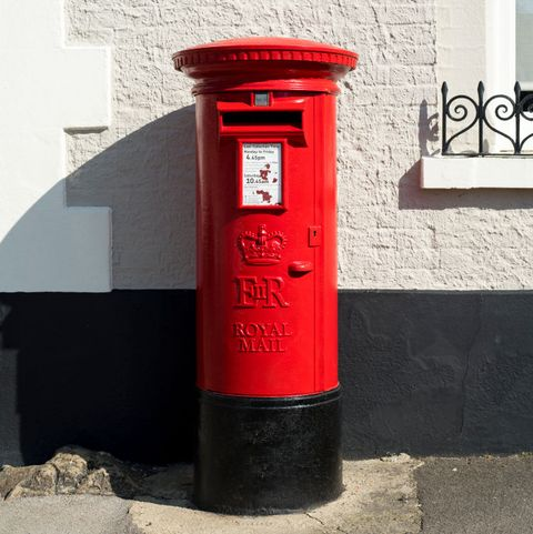 Royal Mail: Social Distancing Rules, Letters & Parcel Deliveries