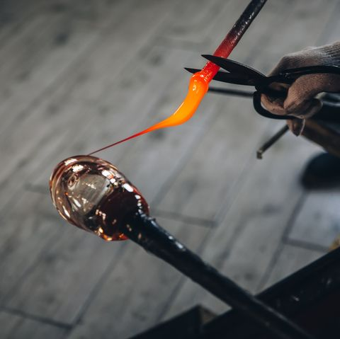 Airbnb Experiences - Glass blowing