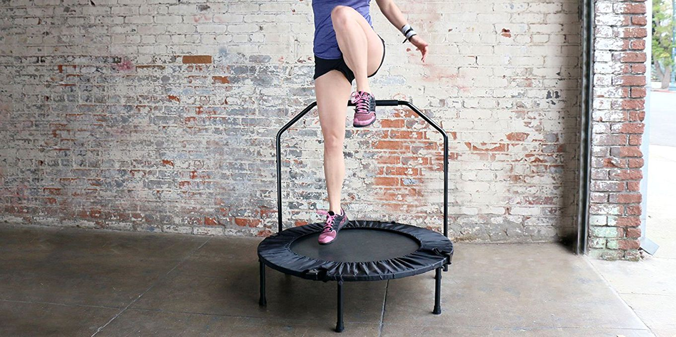 15 Minutes on a Mini Trampoline Will Transform Your Body If You Do It Daily
