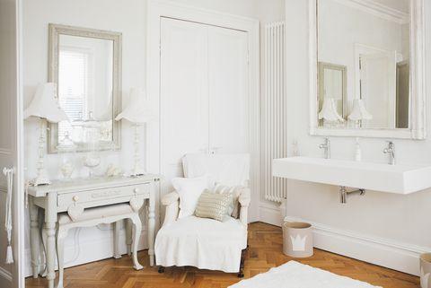 Tranquil bathroom