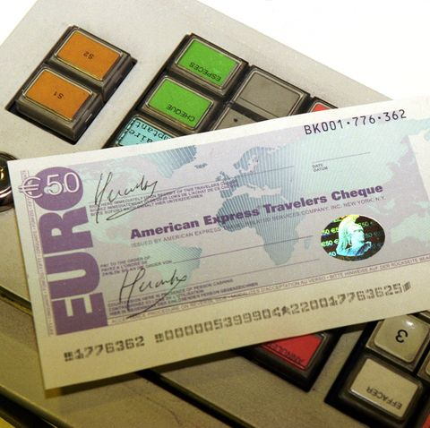 D. Daversin: 1 Traveler Cheque In Euro On January 4th, 1999 In France