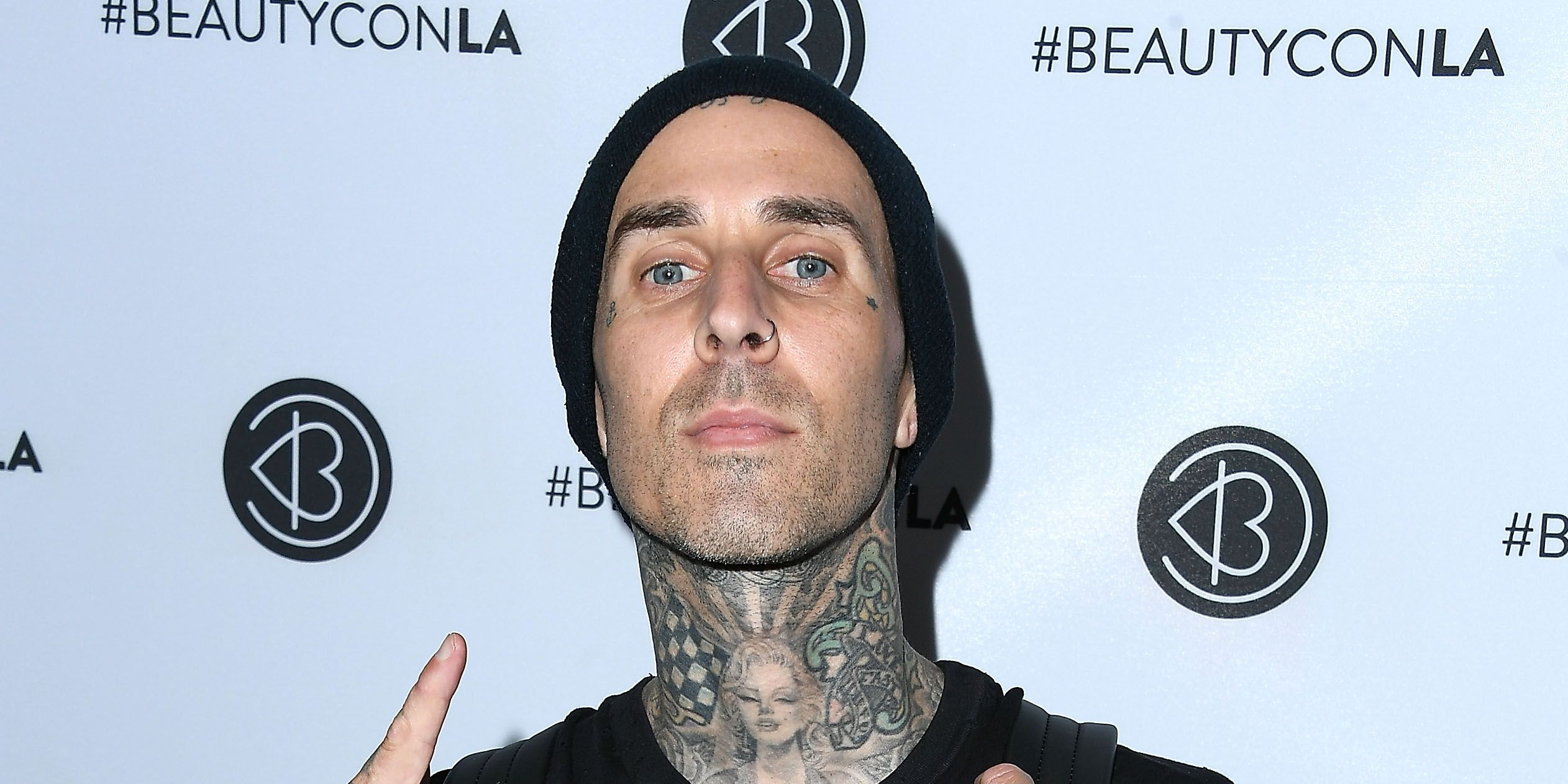 Here's what Travis Barker has to say about those Kourtney Kardashian dating rumours