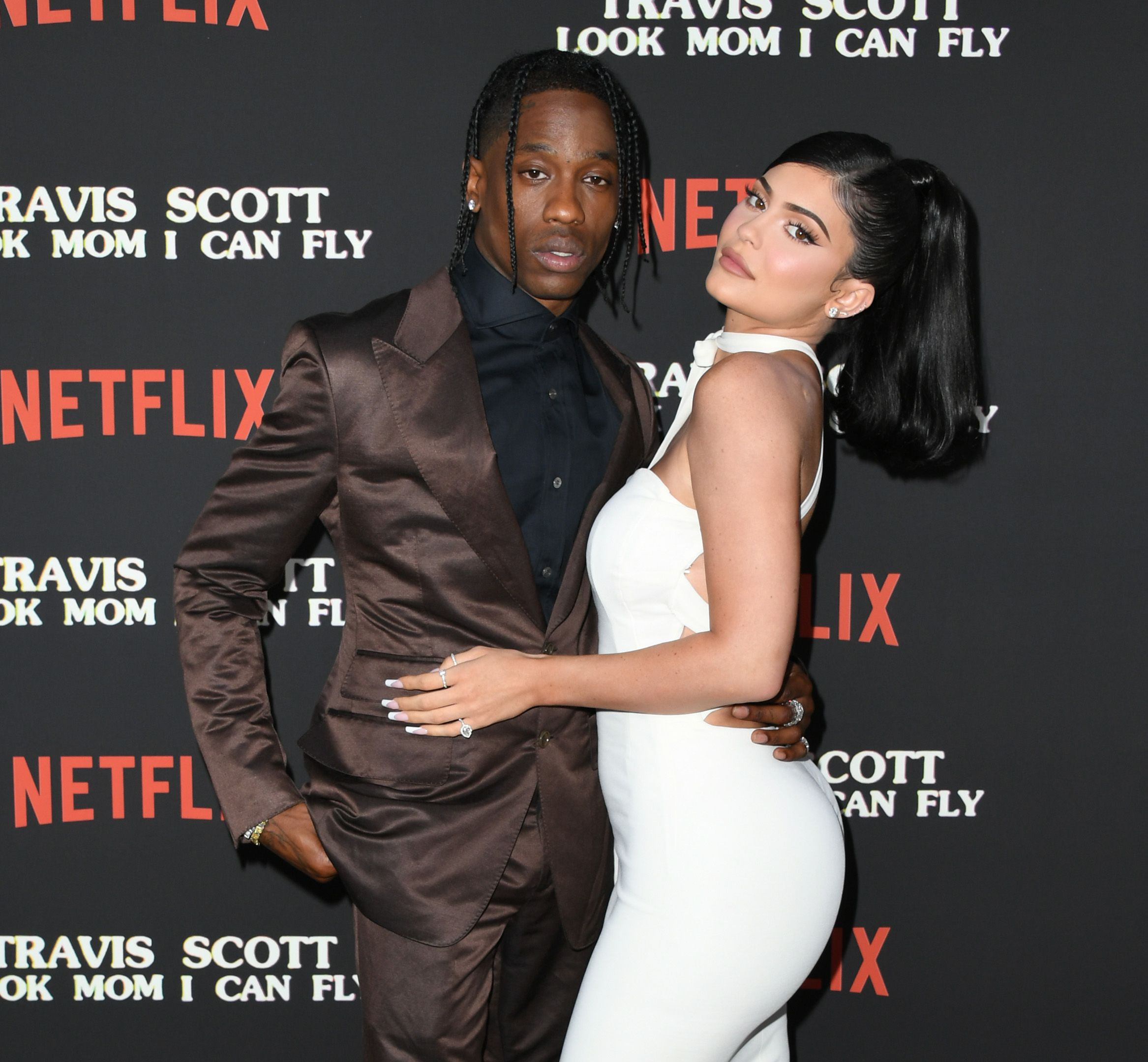 "Kylie Jenner Says Her Biggest Fear Is ""Dust in a Cup"" and Claims Travis Scott Smells Like Weed"