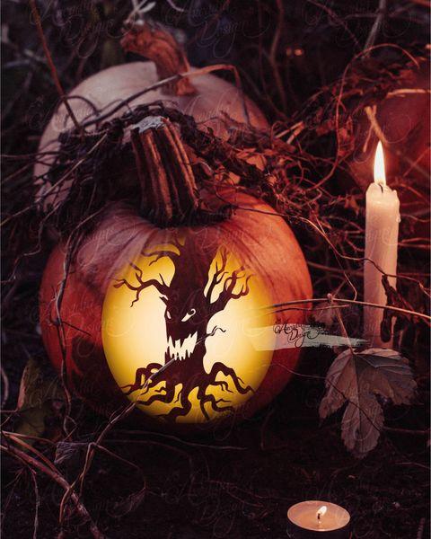 tree trunk pumpkin design