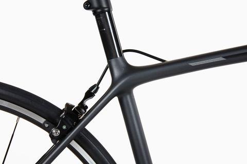 Bicycle frame, Bicycle part, Bicycle, Bicycle wheel, Hybrid bicycle, Vehicle, Bicycle fork, Bicycle tire, Spoke, Bicycle handlebar,
